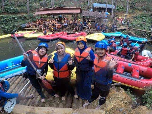 Melepas lelah dengan Rafting di Pangalengan4